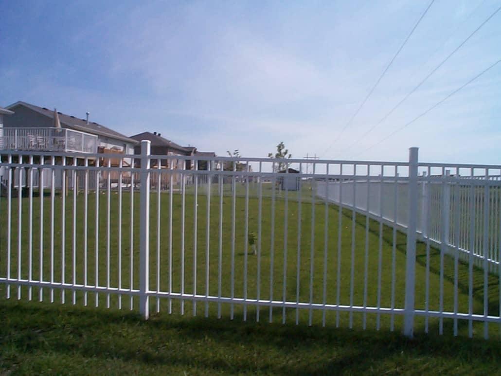 Aluminium security fence fencing installation