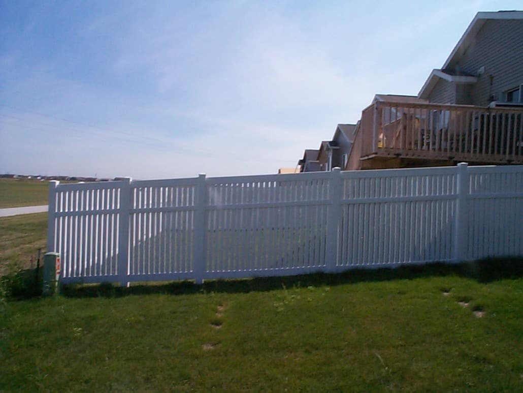 Pvc fencing maintenance free vinyl fencing in minnesota baanklon Image collections
