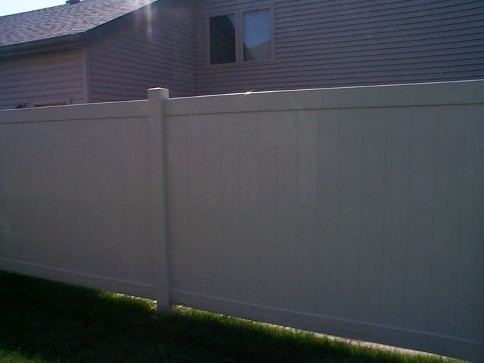 Vinyl Fencing In Moorhead – Fence Installation MN