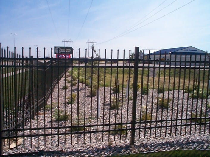 Aluminium Fence Installation – Metal Fence Black