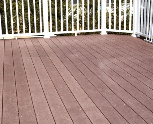 deck made with trex decking