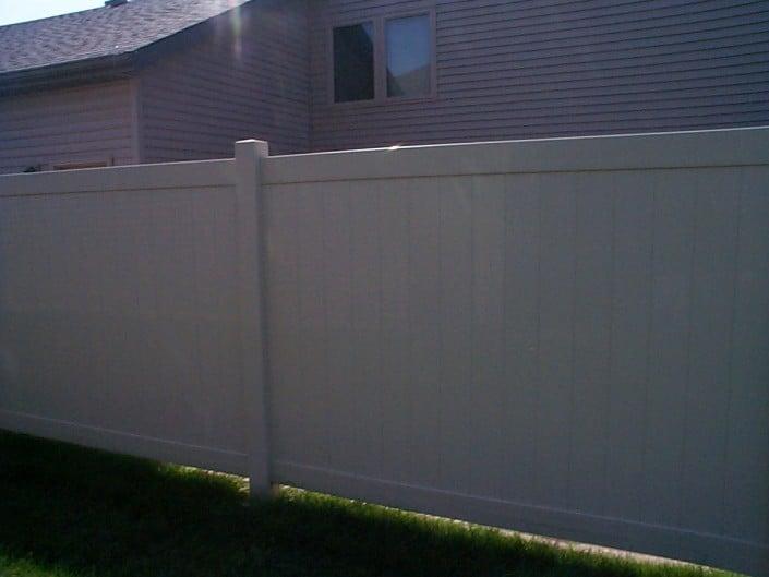 Vinyl Fencing In Moorhead – Fence Installation MN