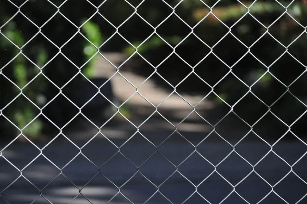How To Install Chain Link Fencing