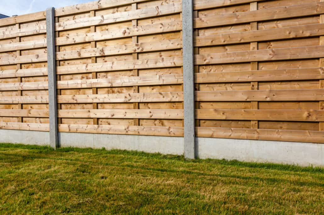 How To Build A Wood Fence With Metal Posts